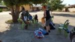 Partage-de-vêtements-avec-la-volontaire-Chiara-au-nom-du-GSFA-et-PINV-2.jpg