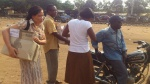Partage-des-vêtements-aux-non-voyants-du-Projet-dIntégration-PINV-GSFA-au-Togo-Année-2013-1.jpg